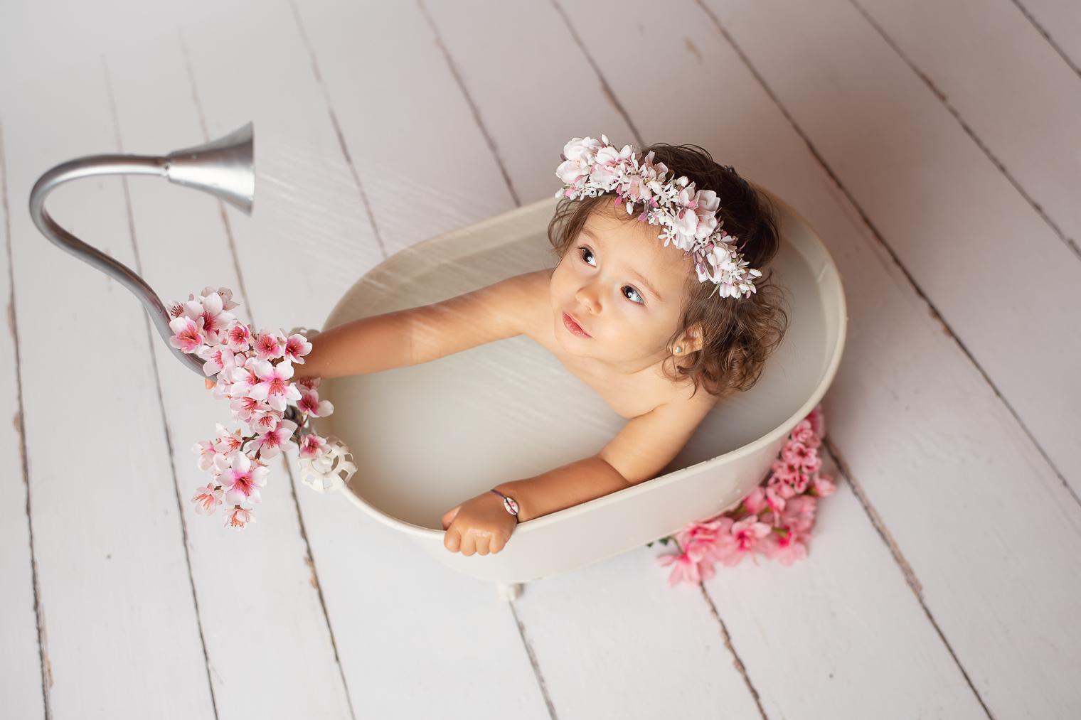belinda lopez photo bebe enfant bain de lait photographie famille grossesse nouveau-ne maternite photographe bourg-saint-maurice savoie belindalopez.fr-3